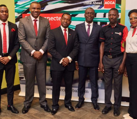 (L-R): Kingsley Bassey - Associate Client and Market Development, Dave Carnegie Nigeria, Tom Isibor - Head of ACCA Nigeria, Jonathan Mbewe – Head of Education & Development, SSA, ACCA, Patrick Nwakogo - Country Director & CEO at Dale Carnegie Nigeria, Victor Ayoola – Education & Learning Manager, ACCA Nigeria and Mukoso Eddie-Obiakor, Marketing Manager; East & West Africa, ACCA.